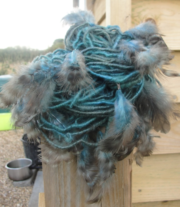 'Spinning Feathers' Corespun BFL with chicken feathers