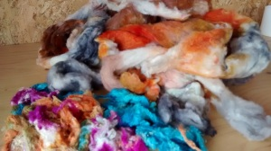 Batts post dyeing with silk neps in from