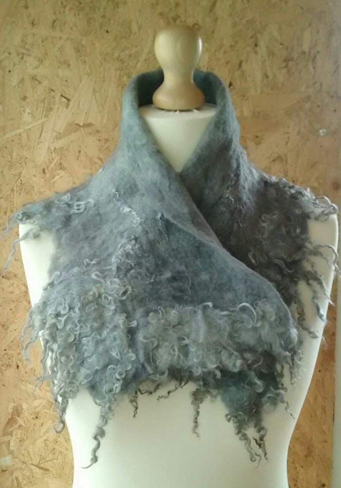 felted collar (wool, silk and wensleydale locks)